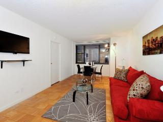 Luxury 1 Bedroom Apt Murray Hill elevator building - New York City vacation rentals