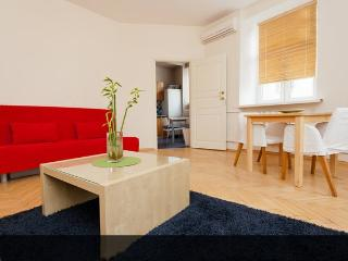 ERKER Old ARBAT Apartment, 2 rooms suite - Moscow vacation rentals