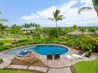 Champion Ridge #22 is a haven of privacy with en-suite bedrooms, pool, hot tub, sun roof & views - Waimea vacation rentals