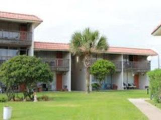 2 bedroom 2 bath spacious condo in a beachfront community! - Port Aransas vacation rentals