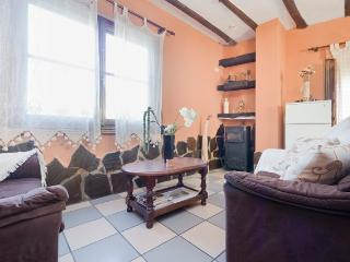 Veleta: Beautiful rural apartment in the Alpujarras + WIFI - Lanjaron vacation rentals