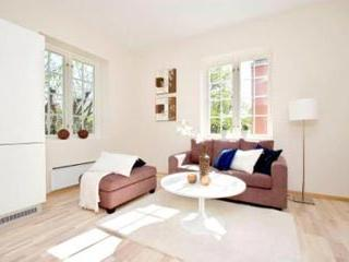 Beautiful 2 Bedroom Apartment Next To Oslo's Frogner Park - Norway vacation rentals