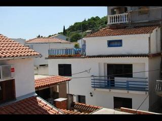 35640  H(11) - Tisno - Tisno vacation rentals