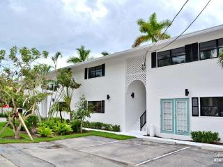Updated Waterfront Condo Near Olde Naples - Marco Island vacation rentals