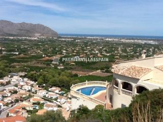 An extremely spacious villa with sea views - Valencia vacation rentals