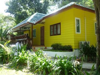 Yellow Family House on Koh Samet - Ban Phe vacation rentals