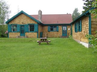 Classic Cottage on 300+ Acres and Next to the Shore. - Annapolis Royal vacation rentals