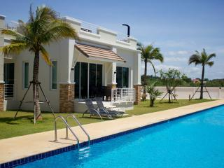 2 BR Deluxe Villa with ROOFTOP JACUZZI - Sam Roi Yod vacation rentals