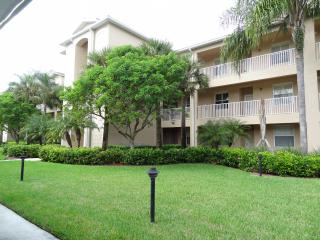 Lovely Cypress Woods Golf & Country Club Condo - Naples vacation rentals