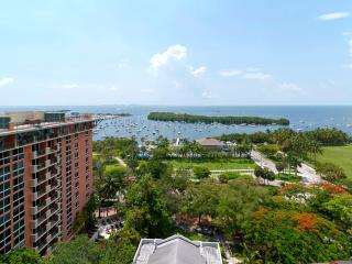 Spacious 2 /2.5 w/ amazing waterview at Sonesta Resort in Lush Coconut Grove!! - Coconut Grove vacation rentals
