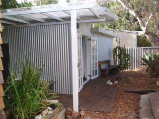 Self Contained Garden Studio within easy walking distance to everything - Western Australia vacation rentals