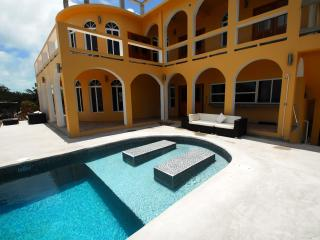 Villa Mandevilla 6 Bed 6 Bath Ocean Front/Pool - Caye Caulker vacation rentals