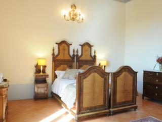 Luxury 2 Bedroomed Apartment suite - split  Level - San Ginesio vacation rentals