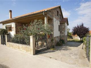 Holiday house for 8 persons, with swimming pool , in Salamanca - Castilla Leon vacation rentals