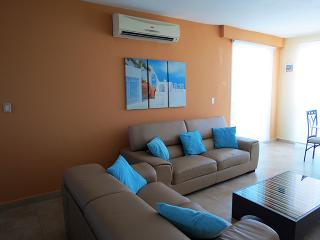 F4-12C,3 bedroom, 3 bathroom  two level penthouse - Panama vacation rentals