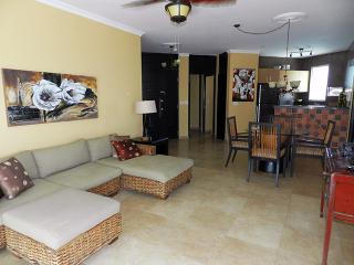 Modern 2 bedroom Condo,  F3-2C - Panama vacation rentals
