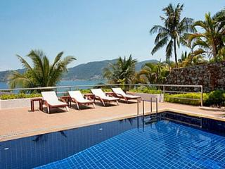 One of the Best Vacation Packages in Phuket - pat07 - Kata vacation rentals
