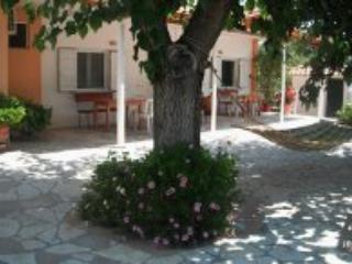 The Green Villa of Kakovatos close to Ancient Olympia - Peloponnese vacation rentals