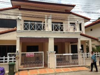3 Bedroom House 10 minutes walk to Kata Beach - Karon vacation rentals