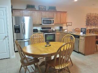 3 BR, 2 Bath Lakefront Condo, walk-in level from parking lot, No Dock Access. - Hollister vacation rentals