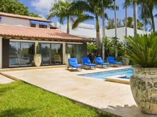 Villa Athena Nestled in an incredibly private corner of Hibiscus Island - Miami Beach vacation rentals