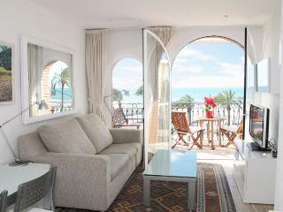 LITTLE WHITE Beautiful beachfront apartment - Sitges vacation rentals