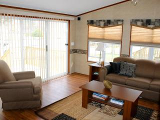 Beautiful Muskoka Water Front Cottage For Rent - Gravenhurst vacation rentals