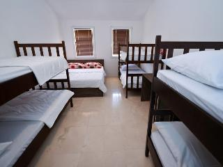 Niofra room 6 for 8 pax with Wifi and AC - Novalja vacation rentals