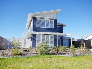 Paws Beachside - Pet Friendly - New South Wales vacation rentals