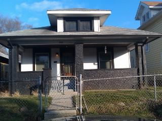 Cozy Indy 10min To Speedway, Downtown, Fairground - Indiana vacation rentals