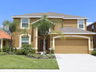VERANDA PALMS  - Sleeps 12 - 6 BEDROOM /4.5 BATH Private POOL  A NEW STAR IS BORN! - Kissimmee vacation rentals