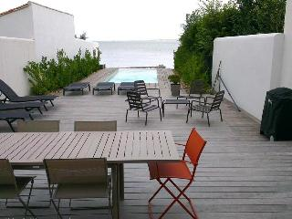 Luxury First Line Villa - La Flotte vacation rentals