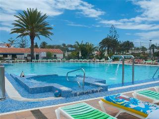 Wonderful bungalow isle of Gran Canaria, playa del ingles - Playa del Ingles vacation rentals