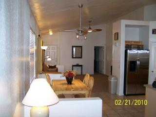 Newer remodeled, open floor plan, very clean home - Apache Junction vacation rentals
