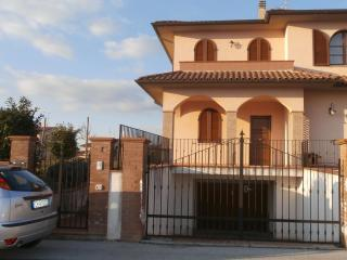casa in toscana - Bettolle vacation rentals