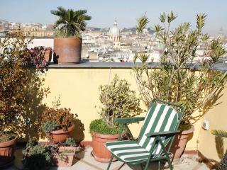 Spacious apt with great terrace center of Naples - Venice vacation rentals