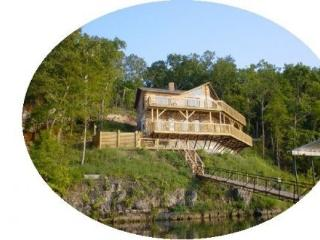Poco Risco Lakefront Log Homes Lake of the Ozarks - Roach vacation rentals