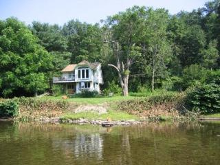 Waterfront Cabin, Delaware River, Callicoon - Catskills vacation rentals