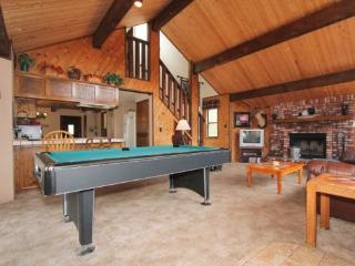 Clyde`s Chalet: Bear Mountain Close with Pool Table, Spa and Basketball - Big Bear Lake vacation rentals