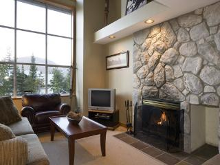 Stoneridge 12 | Whistler Platinum | Near Ski Access - Whistler vacation rentals