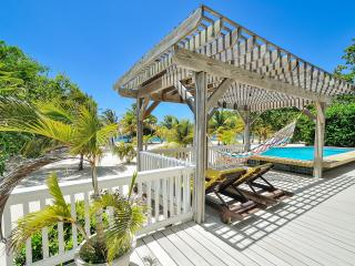 Beachfront Casa Sunburst - Bay Islands Honduras vacation rentals