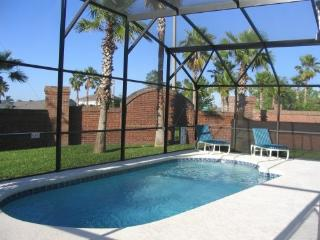Beautiful 4 bed/3 bath villa near to Disney & Golf - Davenport vacation rentals