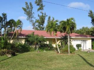 Sanibel Island Palm Lake Paradise - Sanibel Island vacation rentals