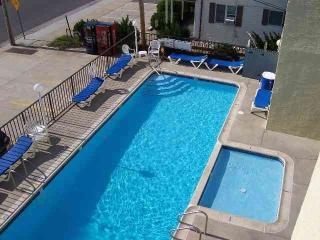 ...JUST STEPS TO BEACH, BOARDWALK &  AMUSEMENTS - Jersey Shore vacation rentals