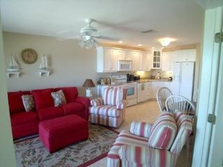 May to December $450/wk  Ocean View! Pools & Golf - Fort Pierce vacation rentals