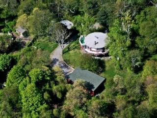 Eclectic Round House-4Bedroom+Cottage+Pool-1.5Acr - Shelter Island vacation rentals