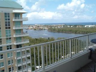 Beach, Intracoastal , beautifully decorated condo - Boynton Beach vacation rentals