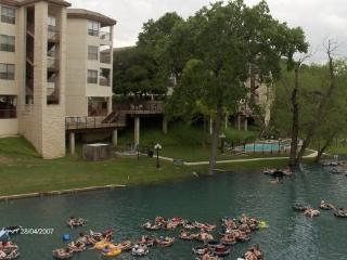 New Braunfels Condo Vacation Rental - New Braunfels vacation rentals