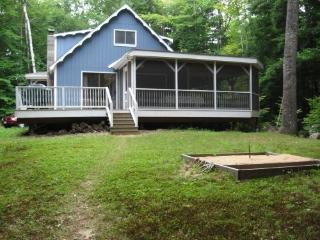 LONG LAKE CAMP Maine Naples -Waterfront,Cable,W/D - Bridgton vacation rentals