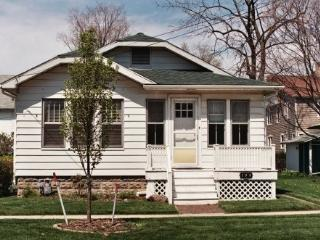 One Block to Lake Michigan's South Beach - South Haven vacation rentals